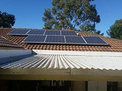 Bij zonnepanelen ook aftrek btw deel woning?